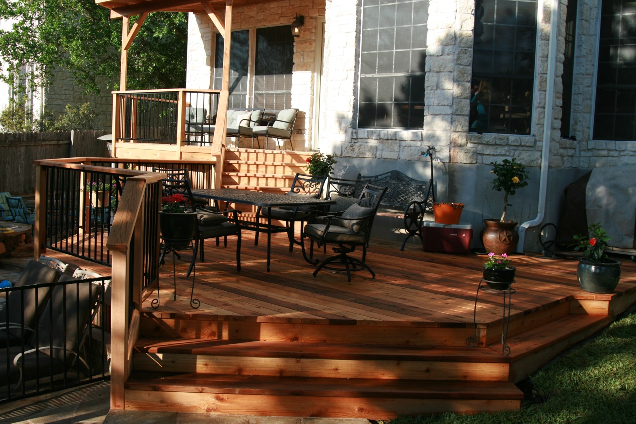 cedar-deck-with-metal-rails-3_5728614655_o
